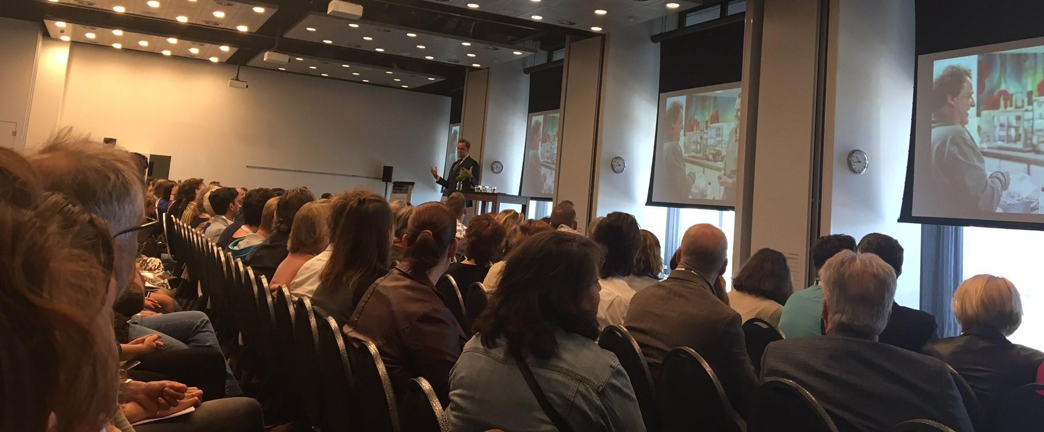 Presentatie Hugo de Jonge tijdens het congres Samen Sterk voor Volwaardig leven