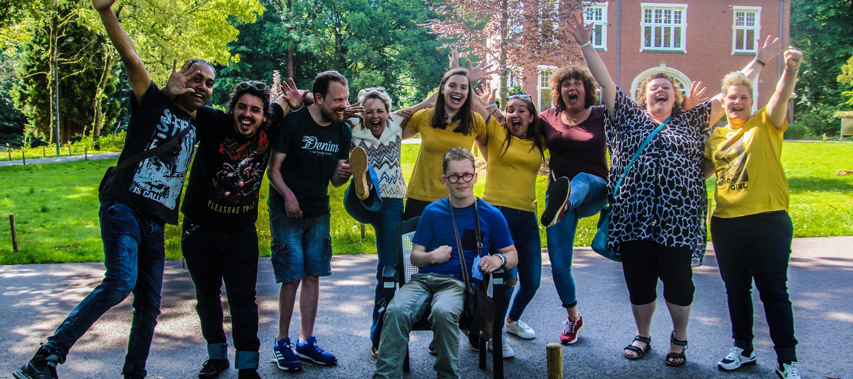 Medewerkers LFB in een heel vrolijke bui bij Parc Spelderholt
